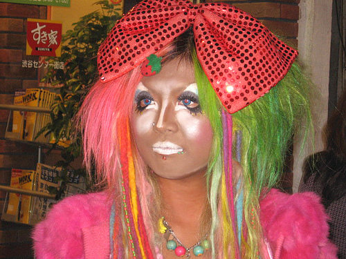 Ganguro dressed girl- details of her face